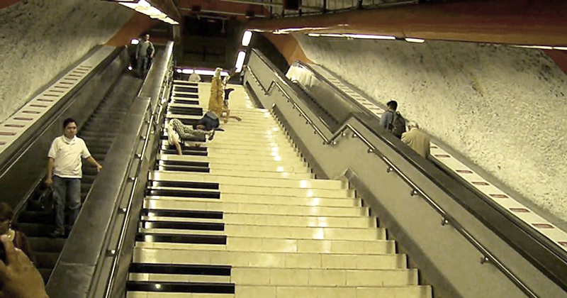 Piano estación del metro